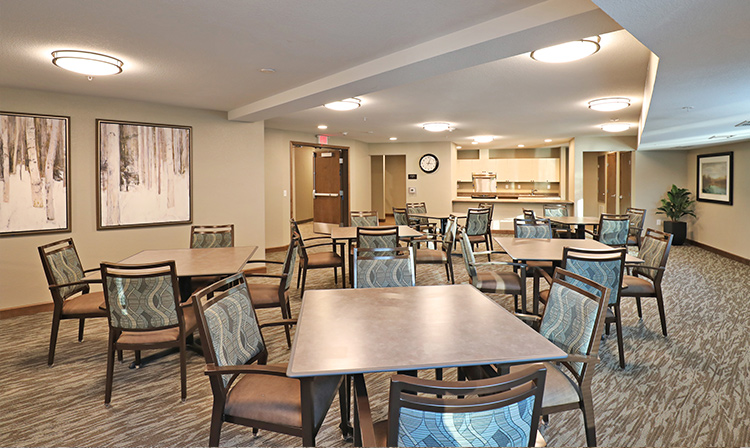 Community room inside Brentwood Terrace Independent Senior Living Facility