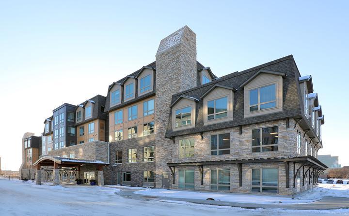 Global Pointe Senior Living exterior view