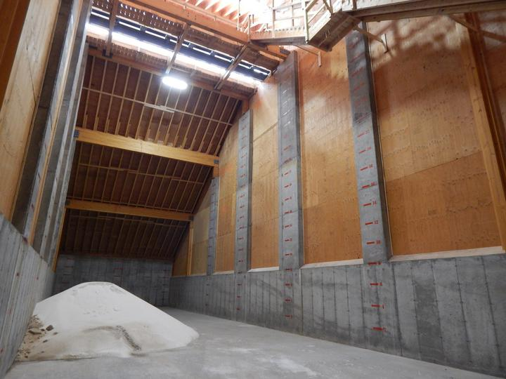 Receiving, storage, and load-out for the dry fertilizer storage building for CHS