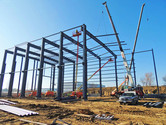 Metal building installation at Chart Industries Manufacturing Facility metal building